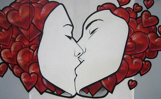 Frauen ansprechen und richtig küssen - eine Kunst für sich