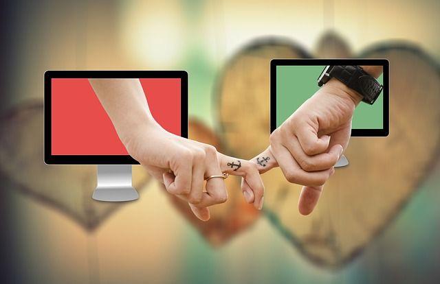 Stiftung Warentest 2016: Online Partnersuche unter der Lupe