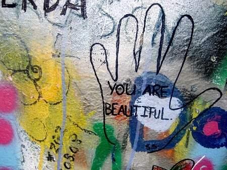 Welttag des Kompliments: Flirten mit Komplimenten